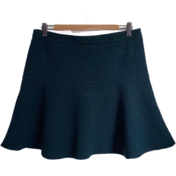 LOFT Forest Green Waffled Mini Skirt, size Medium